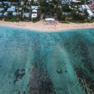 photographie en drone de paysage mer ocean plage coucher de soleil